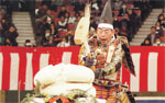 Samurai breaking the mochi at the Nippon Budokan Kagamibiraki 2011
